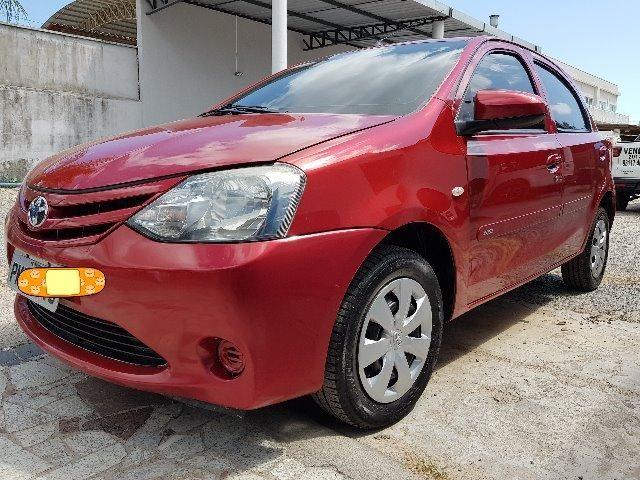 Toyota Etios 1.3 X hatch 2014 particular Novo - Foto 2