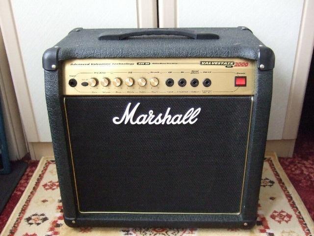 Amplificador Marshall AVT20