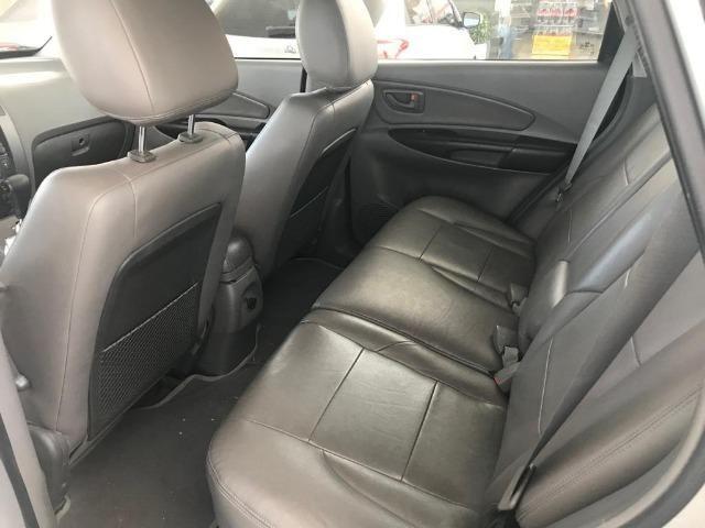 Hyundai Tucson raridade aceito carro ou moto maior ou menor valor e financio - Foto 5