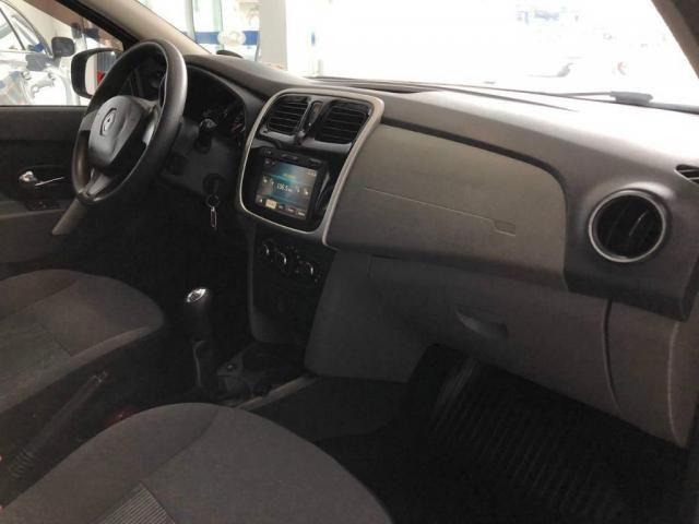 Renault Logan EXPRESSION 1.6  - Foto 12