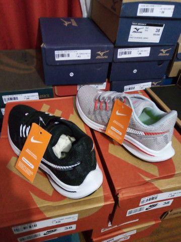 Tênis Nike Zoom- (36 e um 38). - Foto 2