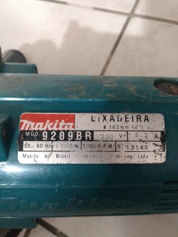 Lixadeira Makita 220v profissional