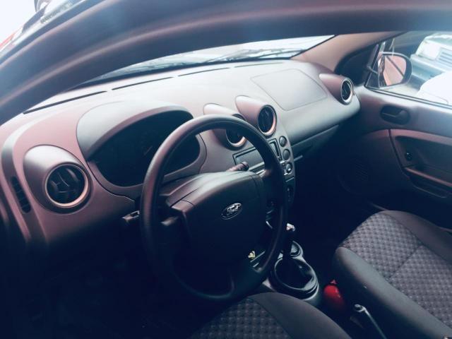 Fiesta 1.0 Flex 4ptas 2006 - Completo, carro bem conservado! - Foto 4