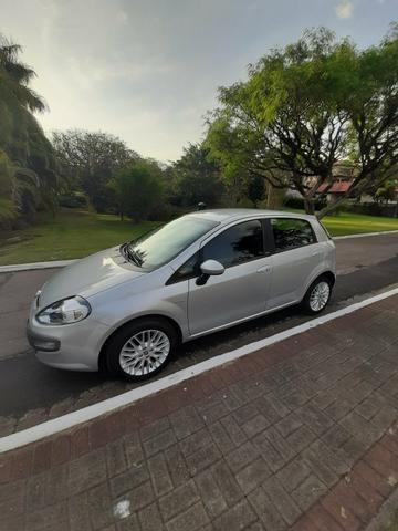 Fiat Punto Essence 1.6 Automatizado. 2013
