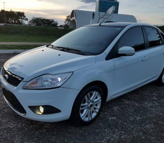 Ford Focus Sedan GLX 1.6 Flex completo
