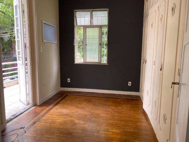 Tijuca - Ótima Casa, 3 quartos em rua tranquila - Foto 10