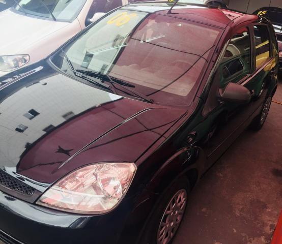 Fiesta 1.0 Flex 4ptas 2006 - Completo, carro bem conservado!