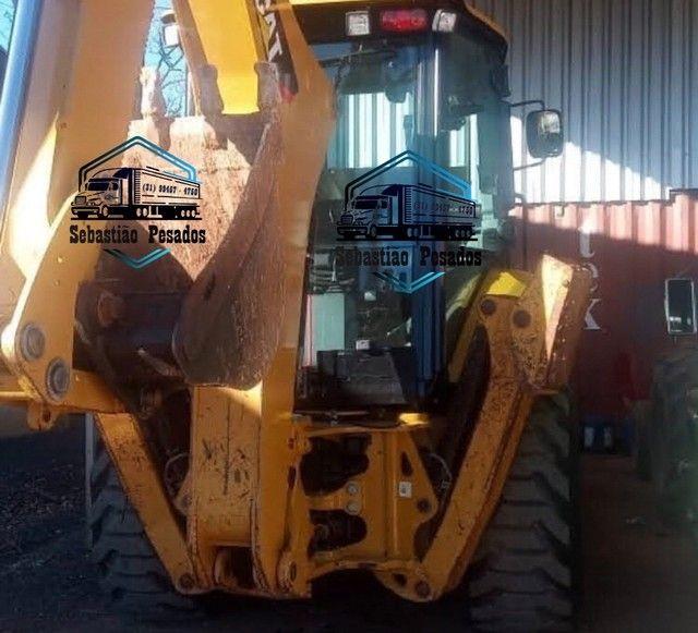 Retrô Escavadeira Caterpillar 416F2 2018  - Foto 4