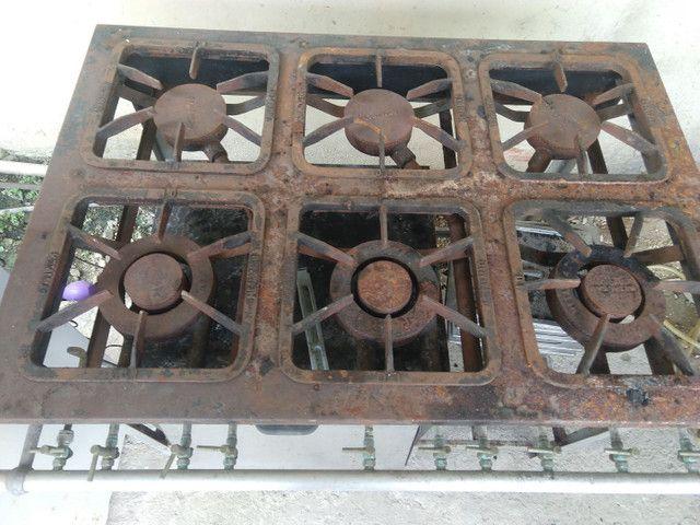 Fogão industrial 6 bocas com forno  - Foto 2