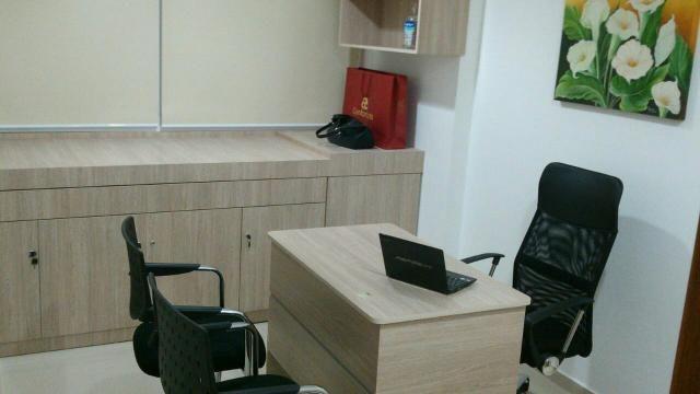 Sala ao lado da Faculdade Estácio, mobiliada para bloco de sublocação