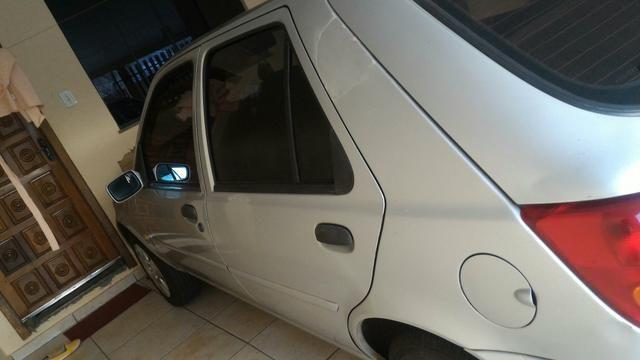 Vendo Ford Fiesta street básico 4 portas - Foto 3