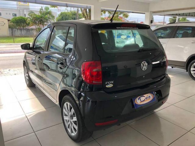 Volkswagen Fox 1.0 Mi Total Flex 8V 5p - Foto 6