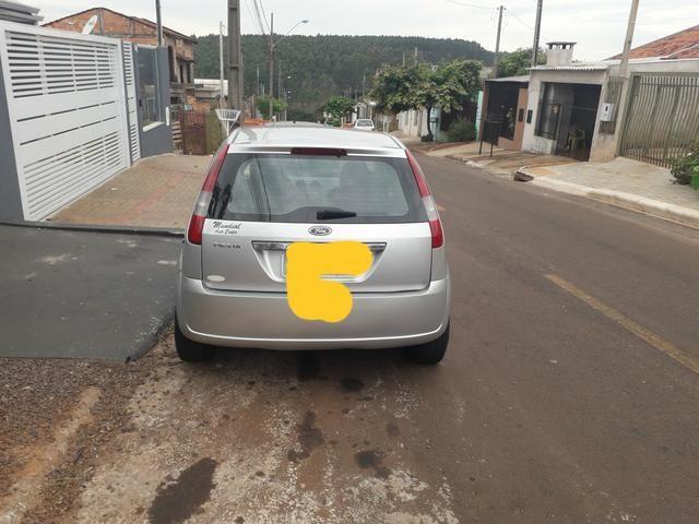 Ford fiesta hatch r$ 12.600 - Foto 2