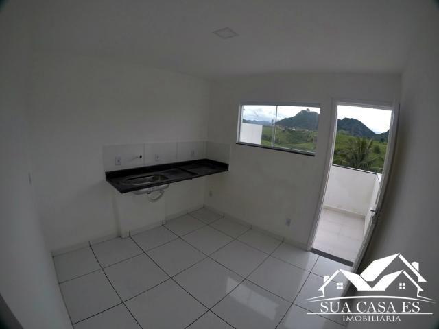 Bela Casa Triplex 2 Quartos com Enorme área externa para espaço Gourmet - Foto 3