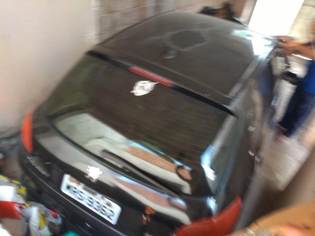 Peugeot 206 batido - retirada de peças