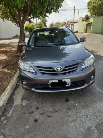 Toyota Corolla 2.0 XEI em excelente estado