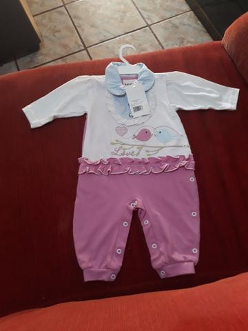 Vendo lotes de roupas infantis com 150 peças - Foto 2