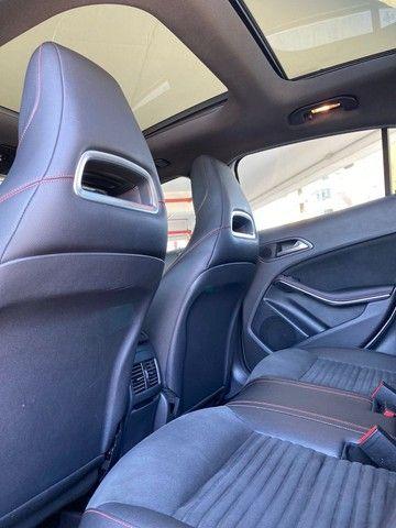 Mercedes GLA 250 Sport 2.0 2015 impecável, teto solar panorâmico, rodas 19, aceito troca - Foto 4
