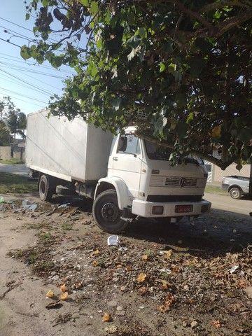 Caminhão 12140 baú refrigerado - Foto 2