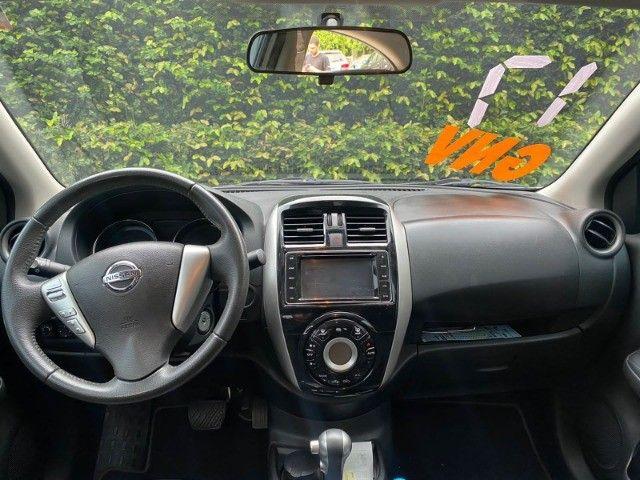 Nissan Versa 1.6 Unique 2017  Completo - Multimídia - Automático - Bancos de Couro - GNV - Foto 9
