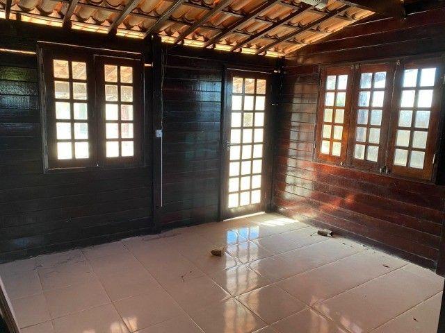 Casa de Madeira a 600 metros da CE-040 com terreno 400 m2 e deck preço de ocasião - Foto 11