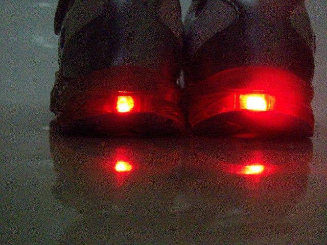 Tênis infantil nº 24 luzinha LED - Foto 5