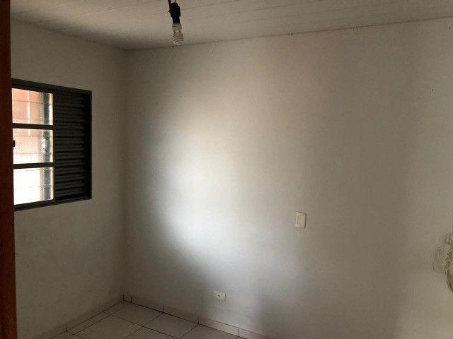 Linda Casa Condomínio Rita Vieira são 2 Suítes + 1 Quarto - Foto 12