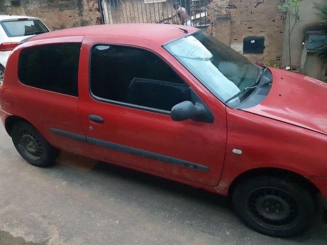 Vendo Renault Clio duas portas completo  - Foto 4