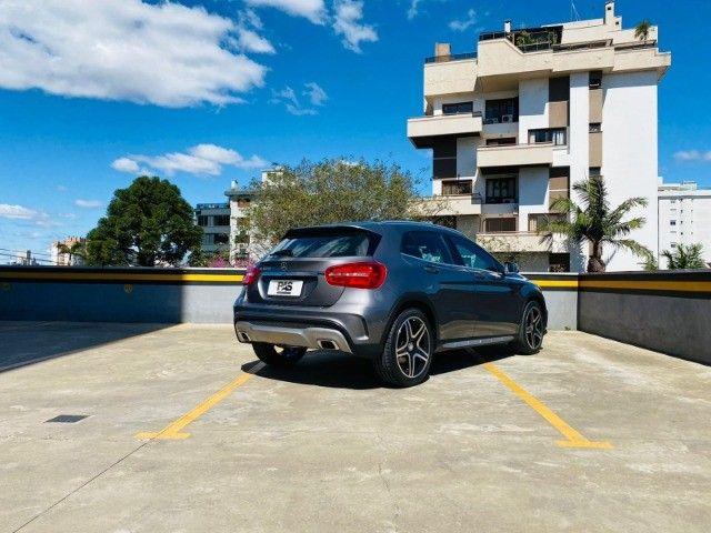 Mercedes GLA 250 Sport 2.0 2015 impecável, teto solar panorâmico, rodas 19, aceito troca - Foto 2