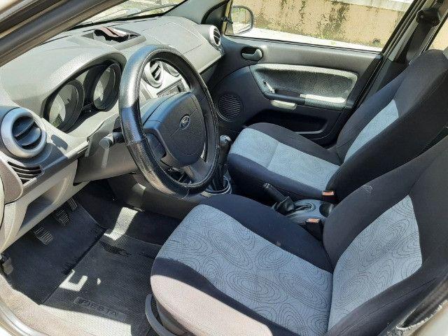 Ford Fiesta Sedan 1.6 Completo - Foto 9