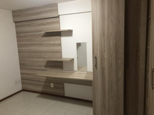 Apartamento com 4 suítes +gabinete + lavabo a 50 metros da praia - Foto 14
