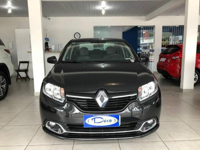 Renault Logan EXPRESSION 1.6  - Foto 3
