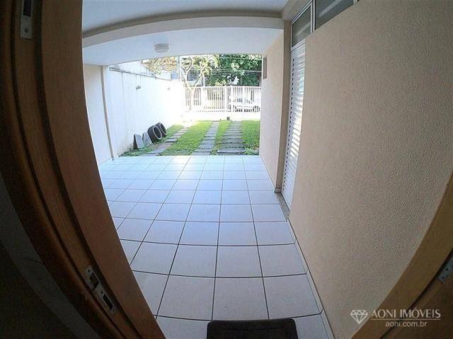 Casa duplex com 4 dormitórios, sol da manhã, lazer com churrasqueira e quintal, 3 vagas de - Foto 8