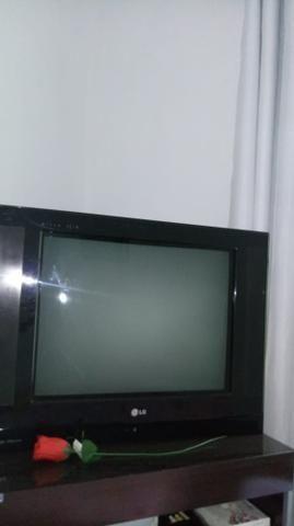 Tv LG 20 polegadas usada com conversor digital