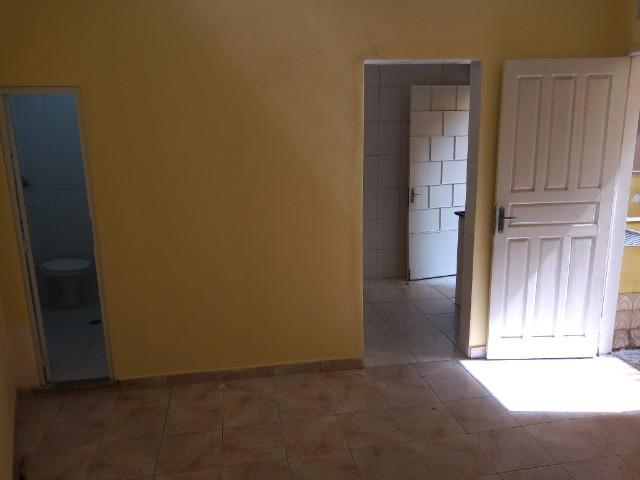 Aluguel de Quarto e Cozinha - Foto 3