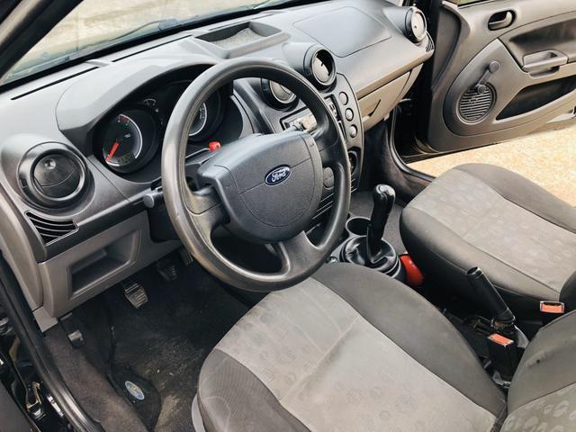 Ford Fiesta 1.0 8v flex 2011 Vendo, troco e financio - Foto 6