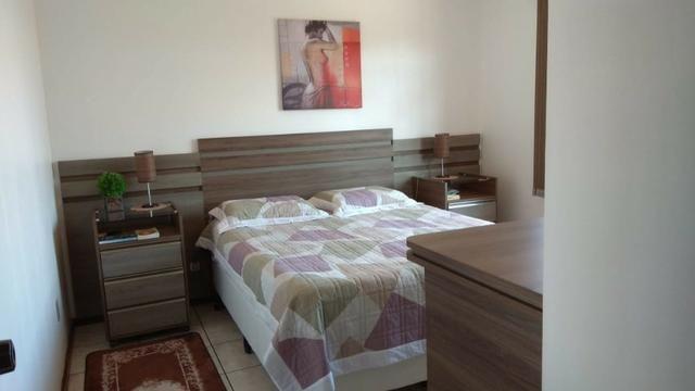 Ótima residência c/ 04 quartos, amplo terreno e salão de festas em Uvaranas !!! - Foto 14