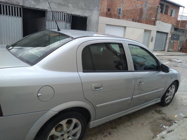 Astra Sedan Advantage 2.0 2011 - Foto 5