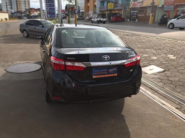 Corolla 1.8 GLI Upper Automático 2017 - Foto 6