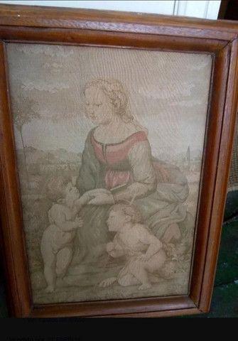Quadro Antigo Em Tapeçaria Sacro - Foto 4
