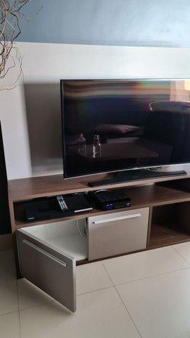 Conjunto móveis  prateleira, rack, criado e aparador cor Fendi  - Foto 3