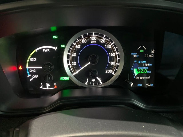 Toyota CCROSS XRV HYBRID - Foto 12