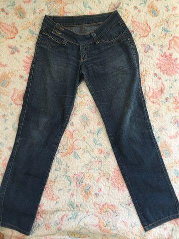 Calça jeans feminina (rasgada pantacourt e iskini) - Foto 3