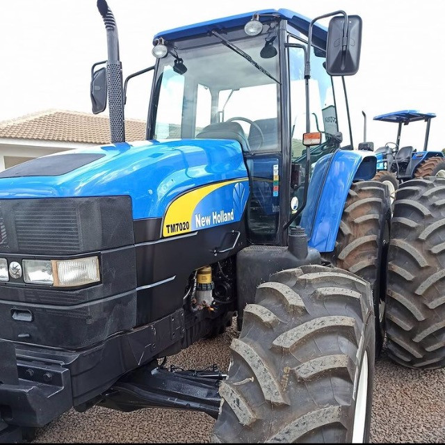 Trator New Holland - Foto 4
