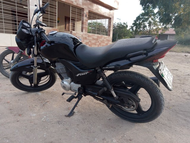 Moto fan 150 semi nova - Foto 2