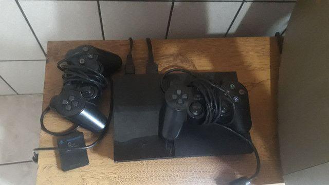 Vendo Playstation 2 original, com 2 controles originais da Sony e o memory card