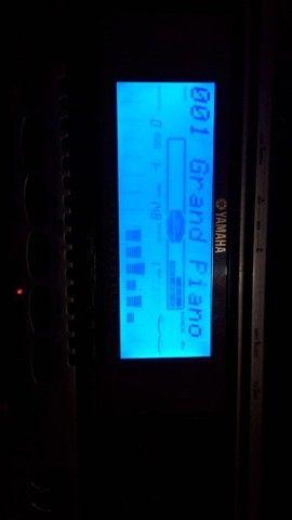 Teclado Yamaha PSR 550 - Foto 3