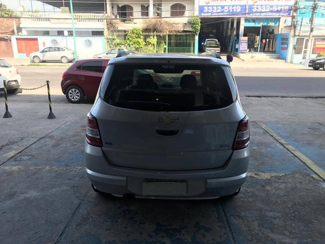 SPIN 2014/2015 1.8 ADVANTAGE 8V FLEX 4P AUTOMÁTICO - Foto 4
