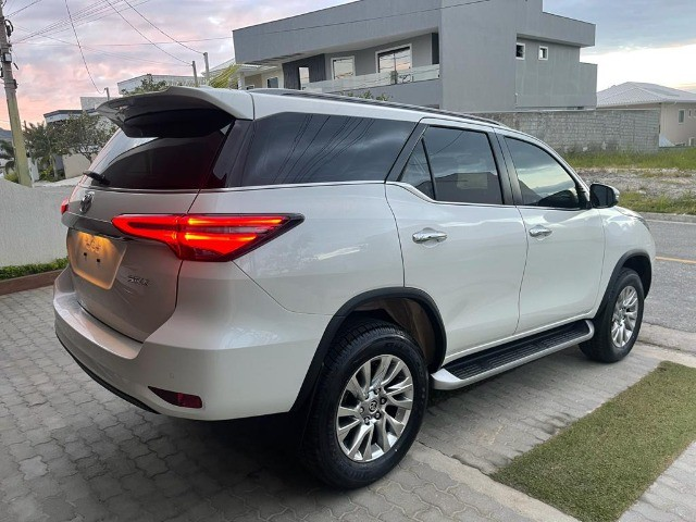 Toyota SW4 SRX 0KM 7 Lugares 2021 Pago Diesel - Foto 8