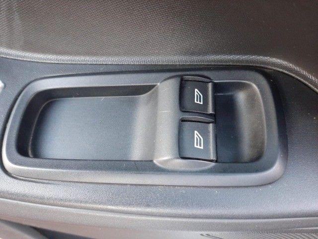 Ka SE 1.0 Hatch 2020 prata - Foto 10
